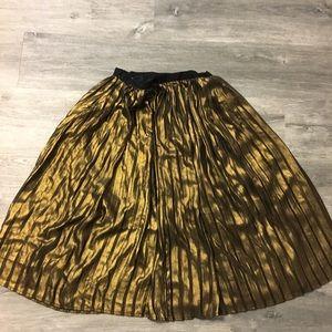 BB Dakota gold skirt